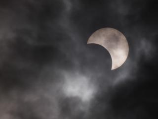 金冠日食8